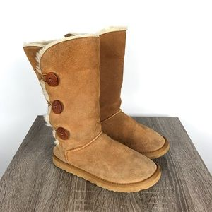UGG Suede Bailey Button Triplet Boots Tan Size 9